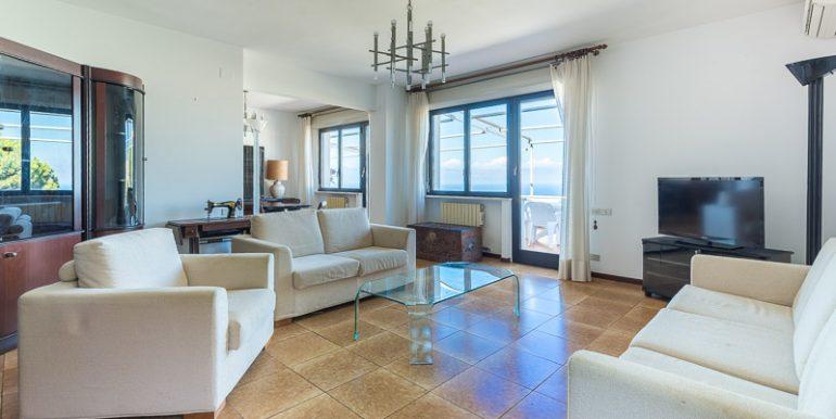 Appartamento panoramico Bergeggi
