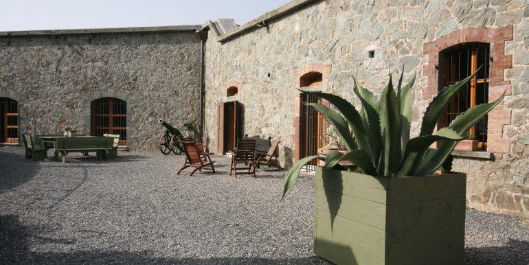 Forte Tortagna tenuta storica Liguria
