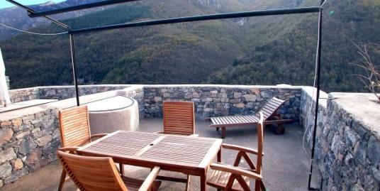 Moderno appartamento Castelbianco