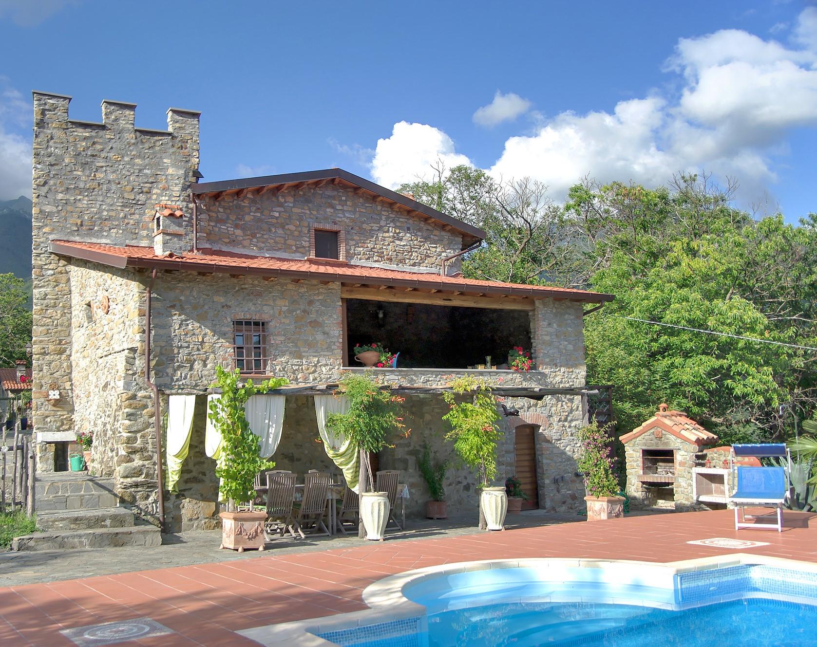 Tenuta e cottage indipendente in Lunigiana