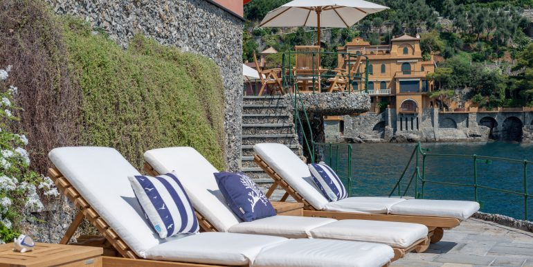 Villa a Portofino pie dan lau IIN